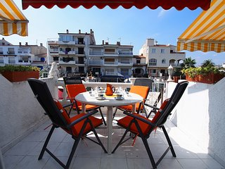 2 bedroom Apartment in Empuriabrava, Catalonia, Spain : ref 5519053