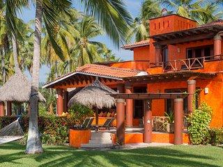 Secluded Beachfront Paradise :  Villa Tortuga