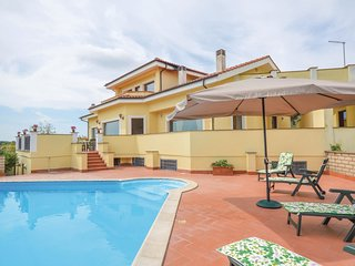 5 bedroom Villa in Quarto del Lago, Latium, Italy : ref 5579523