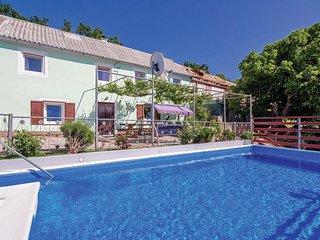 2 bedroom Villa in Spasovác, Ličko-Senjska Županija, Croatia : ref 5565189