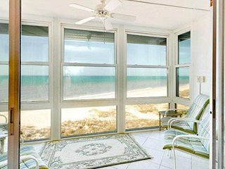 Ocean-front condo w/ shared pool & Gulf views - steps from the beach!