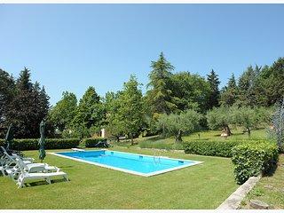 6 bedroom Villa in San Feliciano, Umbria, Italy : ref 5554604