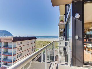 Partial Ocean view condo with  pool with wonderful, modern decor.