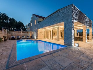 Villa Hvar Beauty with Swimming Pool