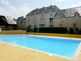 2 bedroom Apartment in Le Minihic-sur-Rance, Brittany, France : ref 5560001