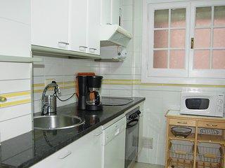 2 bedroom Apartment in el Camp d'en Grassot i Gracia Nova, Catalonia, Spain : re