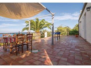 6 bedroom Villa in Cutura-Passitano, Sicily, Italy : ref 5566735