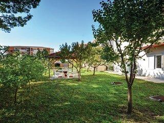 5 bedroom Villa in Strozanac, Splitsko-Dalmatinska Zupanija, Croatia : ref 55437