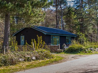 Affleck Chalet, Moniack, Inverness: dog friendly, Reelig forest walks, WiFi