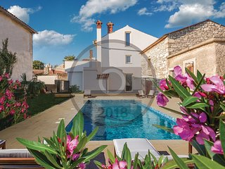 2 bedroom Villa in Peruski, Istria, Croatia : ref 5579464
