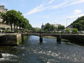 3 bedroom Apartment in Quimper, Brittany, France : ref 5473808