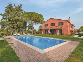 2 bedroom Villa in Nugola, Tuscany, Italy - 5574764