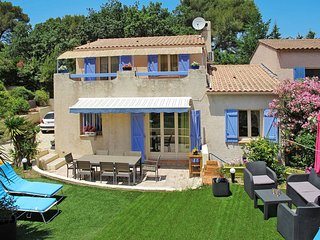 3 bedroom Villa in Six-Fours-les-Plages, Provence-Alpes-Cote d'Azur, France : re