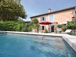 1 bedroom Villa in Cheval-Blanc, Provence-Alpes-Côte d'Azur, France : ref 556574