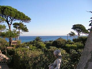 2 bedroom Villa in La Nartelle, Provence-Alpes-Côte d'Azur, France : ref 5517982