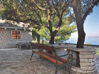 2 bedroom Villa in Postira, Splitsko-Dalmatinska Zupanija, Croatia : ref 5561818