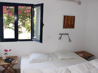 4 bedroom Villa in Agia Paraskevi Rethymnis, Crete, Greece : ref 5550837