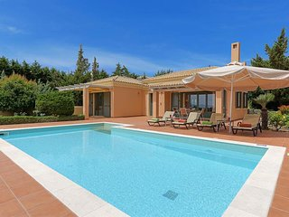 2 bedroom Villa in Kaligáta, Ionian Islands, Greece : ref 5334451