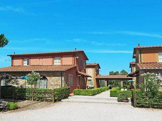 2 bedroom Apartment in Monteverdi Marittimo, Tuscany, Italy - 5446468