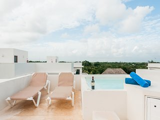 NUDE FRIENDLY A302 Rooftop Pool & Private Jacuzzi - Sexy Villas Tulum