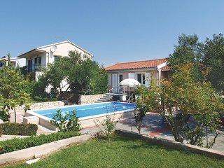 2 bedroom Villa in Jadrija, Sibensko-Kninska Zupanija, Croatia : ref 5563712
