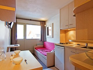1 bedroom Apartment in Val Thorens, Auvergne-Rhone-Alpes, France : ref 5515059