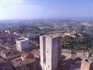 2 bedroom Villa in San Gimignano, Tuscany, Italy : ref 5477179