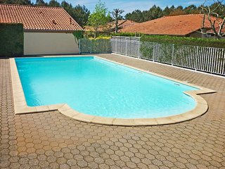 2 bedroom Villa in Capbreton, Nouvelle-Aquitaine, France : ref 5513653