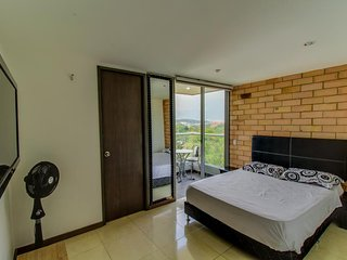 Apto. moderno central, se aceptan perros- Modern, central apt, dog-friendly