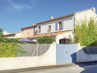 3 bedroom Villa in Sanary-sur-Mer, Provence-Alpes-Cote d'Azur, France : ref 5579