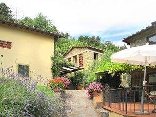 3 bedroom Apartment in Pescia, Tuscany, Italy : ref 5447330