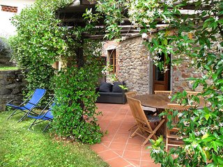 3 bedroom Apartment in Pescia, Tuscany, Italy : ref 5447330
