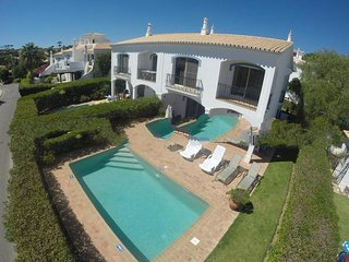 2 bedroom Apartment in Vale do Lobo, Faro, Portugal : ref 5000253