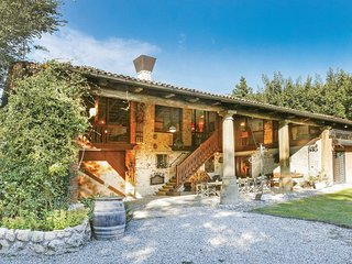4 bedroom Villa in Barbarano Vicentino, Veneto, Italy : ref 5540640