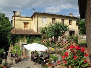 3 bedroom Apartment in Badia a Passignano, Tuscany, Italy : ref 5446921
