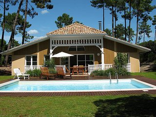 2 bedroom Villa in Lacanau-Océan, Nouvelle-Aquitaine, France : ref 5434911