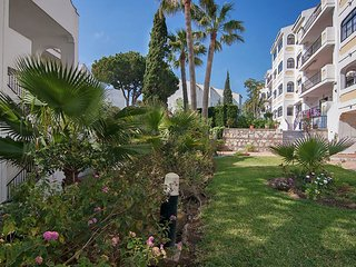 2 bedroom Apartment in Riviera del Sol, Andalusia, Spain - 5518815