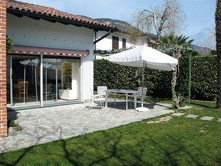 2 bedroom Villa in Consiglio di Rumo, Lombardy, Italy : ref 5436623