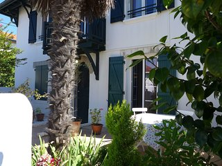 2 bedroom Apartment in Biarritz, Nouvelle-Aquitaine, France : ref 5554140