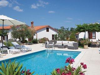 3 bedroom Villa in Kunj, Istria, Croatia : ref 5520259