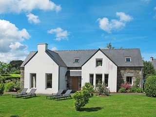 4 bedroom Villa in Locquirec, Brittany, France - 5438193