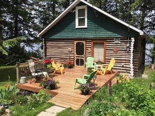 Majestic Muskoka Log Cabin