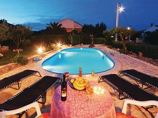 4 bedroom Villa in Lovinac, Zadarska Županija, Croatia : ref 5526921