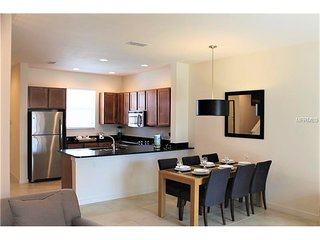 *NEW* 2 Bed Regal Oaks with Lakeview - #520