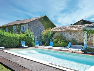 3 bedroom Villa in Marthon, Nouvelle-Aquitaine, France : ref 5552181