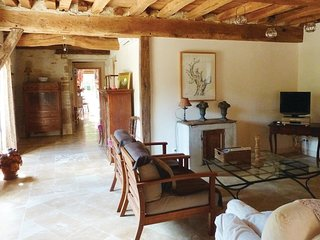 2 bedroom Villa in Ruffey-les-Beaune, Bourgogne-Franche-Comte, France : ref 5522