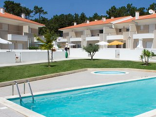 4 bedroom Apartment in Foz do Arelho, Leiria, Portugal : ref 5554108