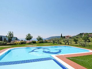 2 bedroom Apartment in Costermano, Veneto, Italy - 5438627