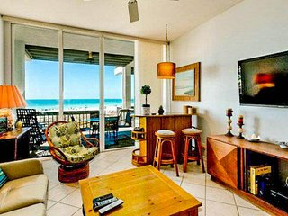 Oceanfront condo w/ panoramic Gulf views, shared pool & easy beach access!
