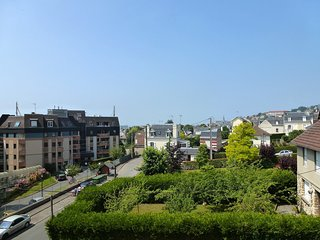 2 bedroom Apartment in Trouville-sur-Mer, Normandy, France : ref 5554682
